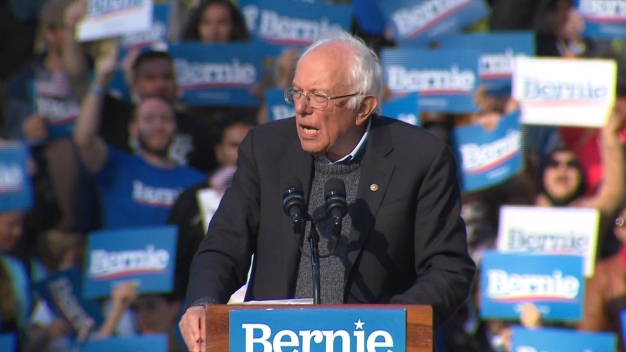 Bernie Sanders Closes NYC Rally, 'Are You Willing to Fight'