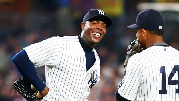 Yanks Deal Relief Ace Chapman to Cubs