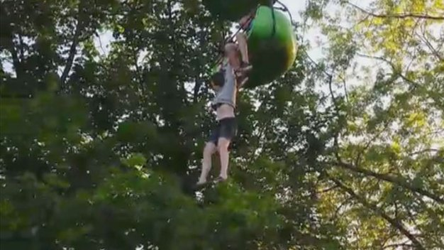 Caught on Camera: Teen's Dramatic Fall from Six Flags Ride