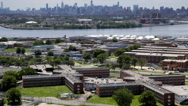 Ex-Inmate, Beaten by 2012 by NYC Jail Guards, Fatally Shot