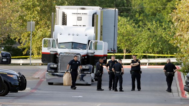 8 Dead, Dozens Hurt in Human Smuggling Discovery in Texas