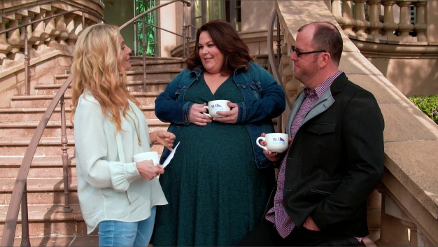 "Chrissy Metz & Chris Sullivan Cry Too When Watching ""This Is Us"""