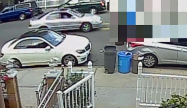 Police Seek Man Who Lured Schoolgirl Into Car