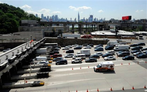 Accidents Snarl Lincoln Tunnel, I-80 Morning Commutes