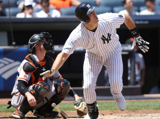 Bronx Bombers Top Giants 5-2