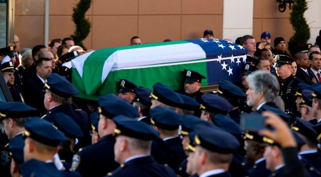 "[NY] Slain NYPD Officer Rafael Ramos Was ""Cop for All the Right Reasons"""