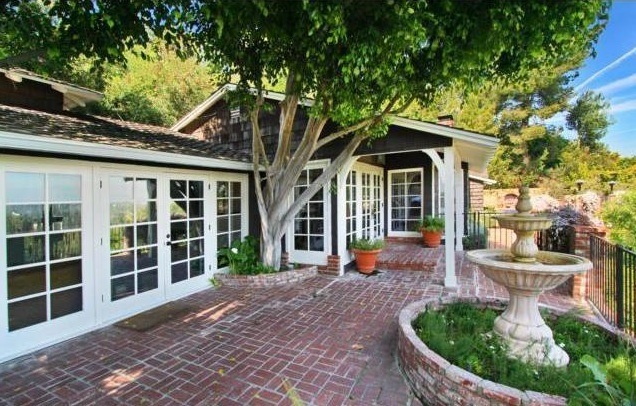 Neil Patrick Harris Lists Studio City Pad