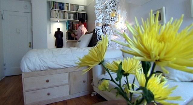 [NY] Take a Tour of Manhattan's Tiniest Apartment