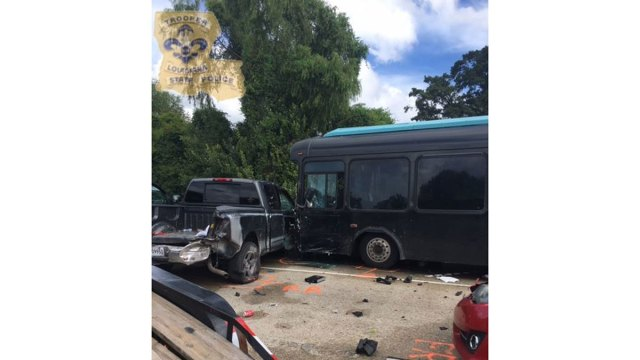 Driver in Fatal La. Bus Crash to be Charged: Police