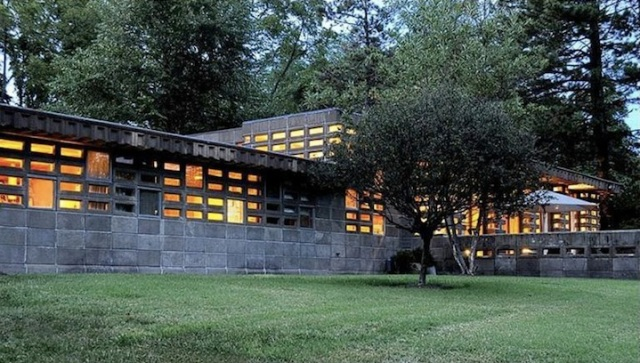 Rare Frank Lloyd Wright Home On Market For The First Time