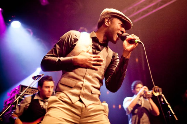 Photos: Aloe Blacc at the Highline Ballroom