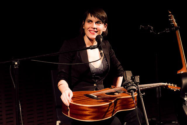Photos: Kaki King, Pedro da Silva @ MoMA
