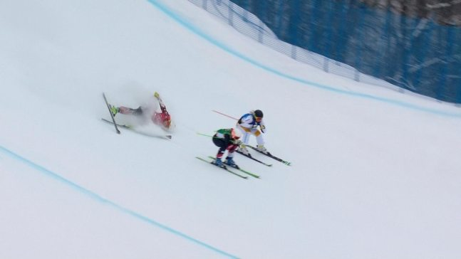 Watch Defending Champ's Shocking Ski Cross Wipeout