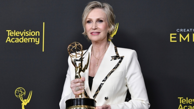 'Handmaid's Tale,' 'Mrs. Maisel' Guest Stars Capture Emmys