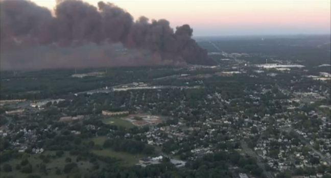 [NY] Massive NJ Fire Still Burning 20 Hours Later