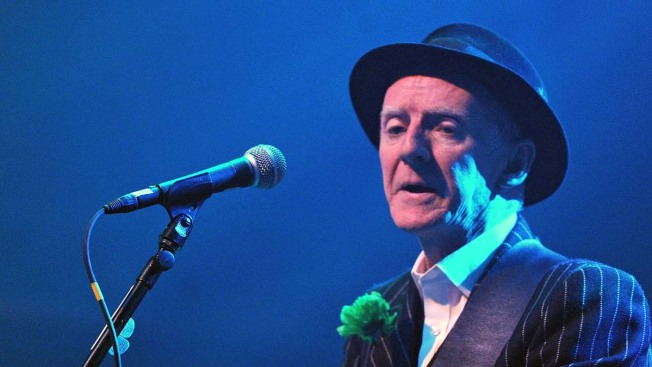 Pogues Guitarist Phil Chevron Dies at 56