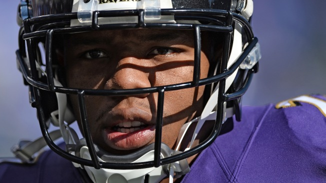 CoverGirl Model Given a Black Eye in Ad Photoshopped to Protest the NFL After Ray Rice Domestic Abuse Debacle