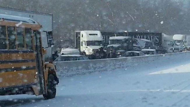 2 Dead in 44-Vehicle Crash in West Virginia