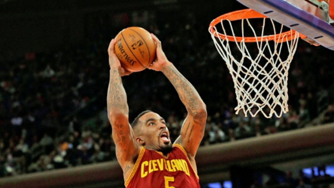 Ex-Knicks Help Cavs Crumble Knicks