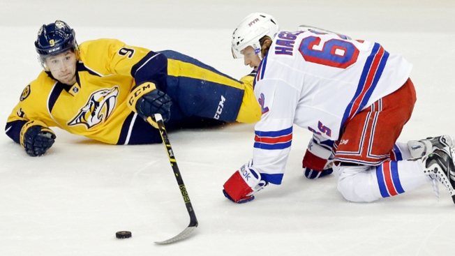 Nash Scores 33rd Goal, but Rangers Lose to Predators