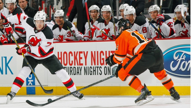 Kinkaid Leads Devils Past Flyers, 5-2