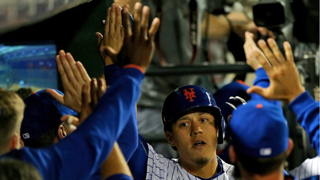 Mets Hook Marlins, Win 7th Straight