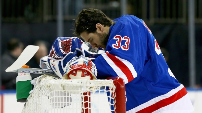 Rangers Trade Goalie Talbot to Oilers