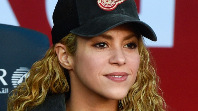 Shakira Postpones More Tour Dates Amid Vocal Cord Recovery, New 2018 Dates Announced
