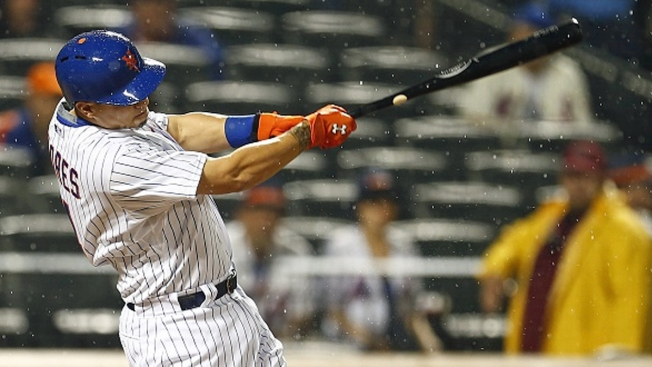 Flores' Grand Slam Leads Mets Past Brewers