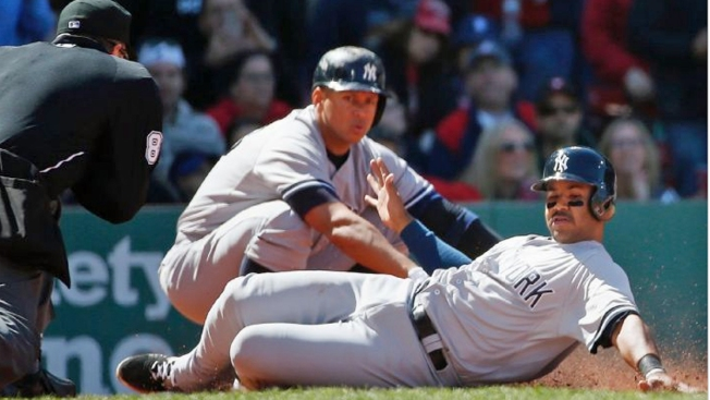 Gardner, Yanks Hand Bosox Another Loss