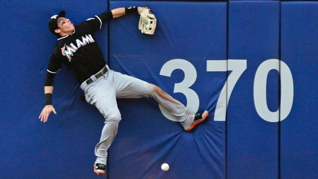 Marlins Pound 4 HRs, Bury Mets 9-5