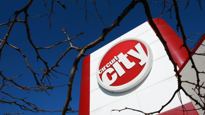 Circuit City to make comeback online next month