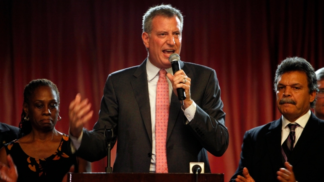 "De Blasio Says He's ""Cleared the Air"" With NYPD"
