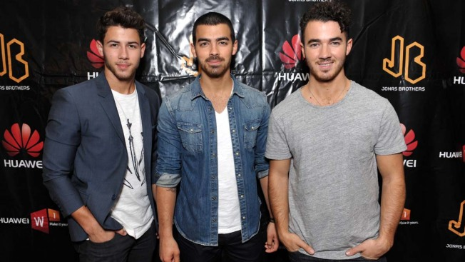 The Jonas Brothers Cancel Tour