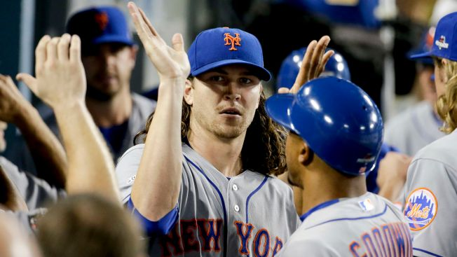 DeGrom Outduels Kershaw With 13 Ks; Mets Beat Dodgers 3-1