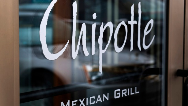 Chipotle Halts Pork Sales at Hundreds of Restaurants After Animal-Welfare Audit