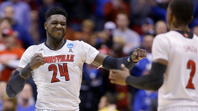 Louisville's Smith Goes Out With Class, But Also With a Loss