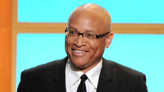 Jon Stewart Gives Heartfelt Send-Off to Larry Wilmore as 'The Nightly Show' Ends