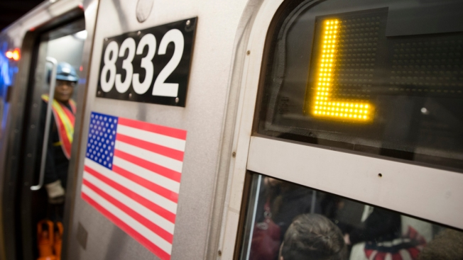 Homeless Man Dumps Large Amount of Electronics on Tracks, Forcing L Train Suspension in Manhattan