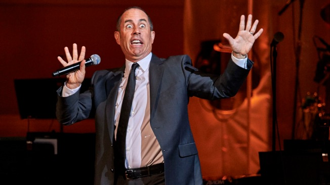 Jerry Seinfeld to Play Year-Long Residency at Beacon Theatre