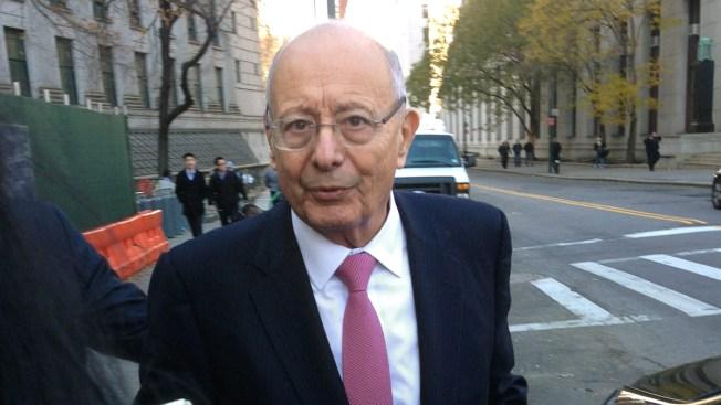 Ex-Sen. D'Amato Testifies at Ex-NY Senate Leader Skelos' Trial