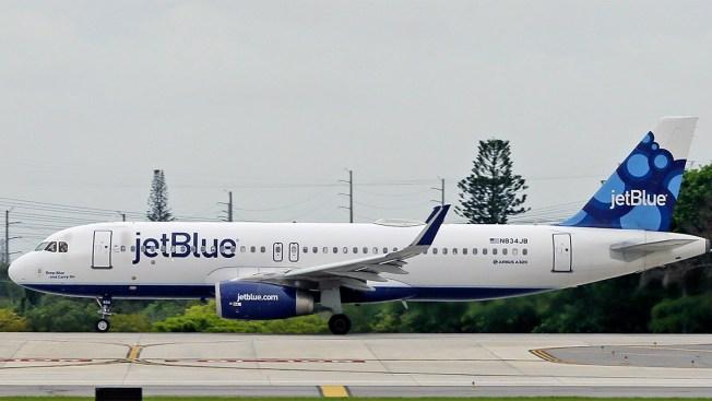Man Biting Passengers On JetBlue Flight Forces Plane To Turn Around