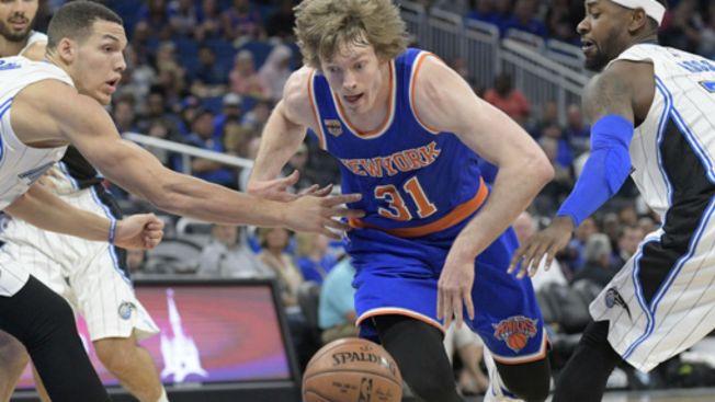 Knicks Rally in Fourth Quarter, Beat Magic 113-105