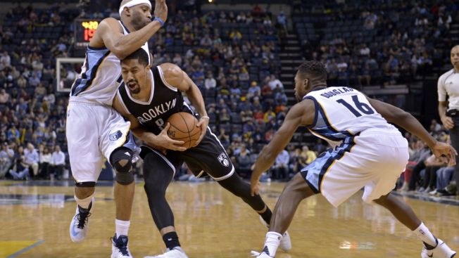 Lin Leads Late Rally as Nets Defeat Grizzlies 122-109