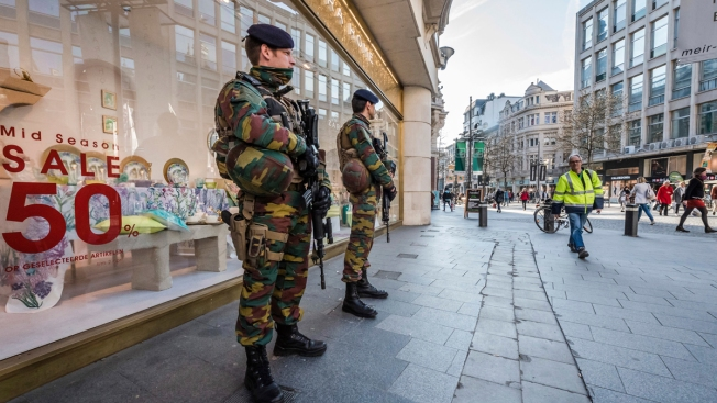 Car Tries to Ram Antwerp Shopping Area; Security Tightened