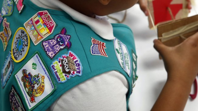 Girl Scouts accuse Boy Scouts of covertly trying to recruit girls