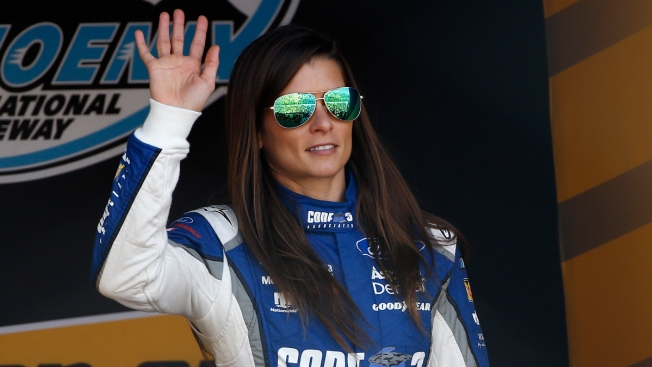 Danica Patrick was a Bears fan until she started dating Aaron Rodgers