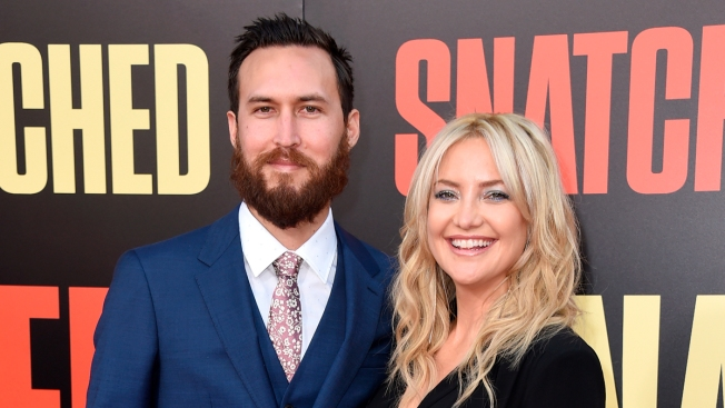 Not 'Some New Age Method': Kate Hudson Clarifies 'Genderless' Parenting Approach Statement