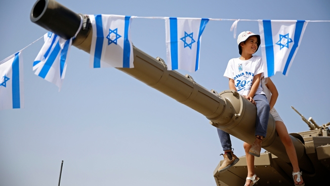As Israeli Marks 70 Years, Satisfaction Shares Stage With Grim Disquiet