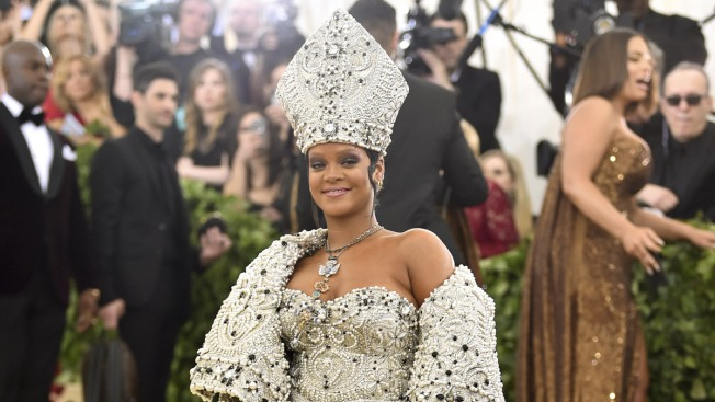 Man Arrested for Breaking Into Rihanna's Hollywood Home